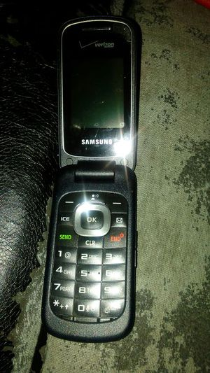 Samsung Flip Phone!!! for Sale in Richmond, VA