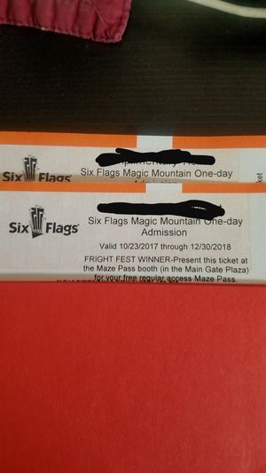 😱 Fright Fest 👻 @Six Flags 🎢Magic Mountain for Sale in Los Angeles, CA
