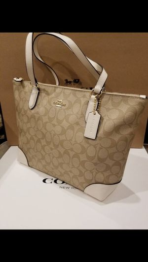 Coach purse khaki and chalk white color new with tags authentic for Sale in Orange, CA