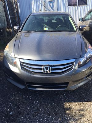 2012 honda Acoord con 82 Mil Millas Xsalvage Listo Para Plaquiar for Sale in Hyattsville, MD