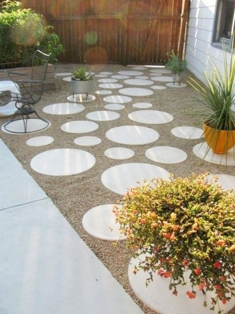 Round Concrete Stepping Stone Pavers 5 Each