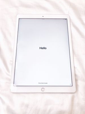 LIKE NEW! 12.9-inch iPad Pro — Silver / 64GB / WiFi + Cellular for Sale in Washington, DC