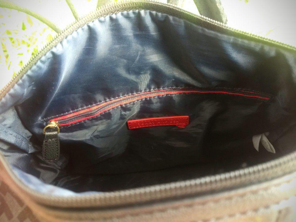 Tommy Hilfiger satchel