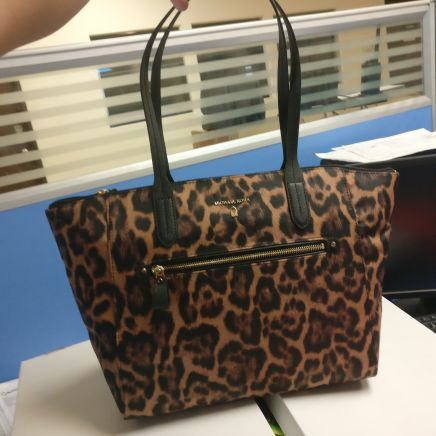 9017ff3b12a469 Micheal Kors Kelsey Large Nylon Tote Bag, Butterscotch for Sale in Chino,  CA - OfferUp
