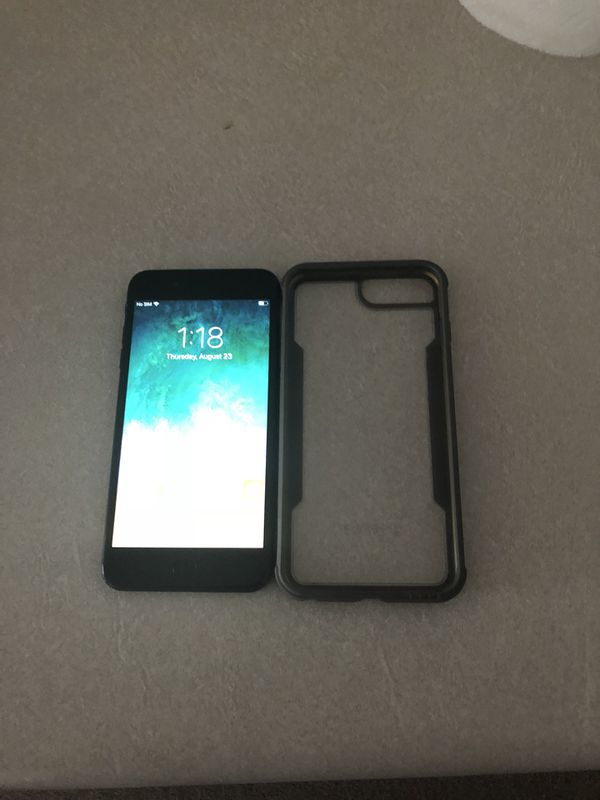 iPhone 7 Plus 128gb AT&T/Straight talk for Sale in Evansville, IN - OfferUp