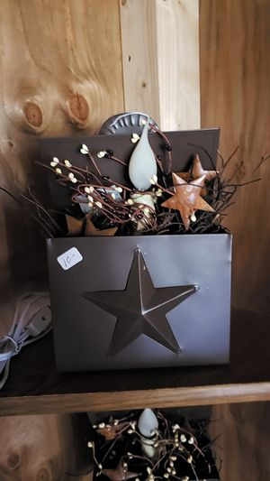 Metal candle box with electric light and pip berries and stars for Sale in Farmville, VA
