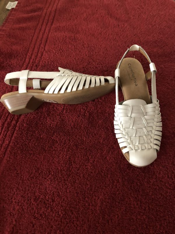 2a10d783f7c Ladies Sandals for Sale in Alta Loma