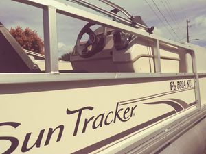 Sun Tracker party Barge 200 for Sale in Orlando, FL