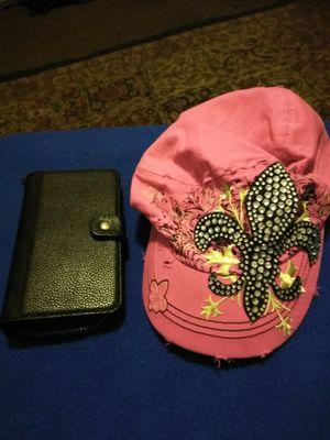 Pink cap n wallet set 5.00 for Sale in Bakersfield, CA