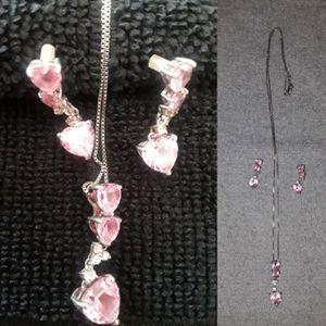Woman's jewelry diamond white gold 3 piece set and 4 piece set 14k for Sale in Orlando, FL