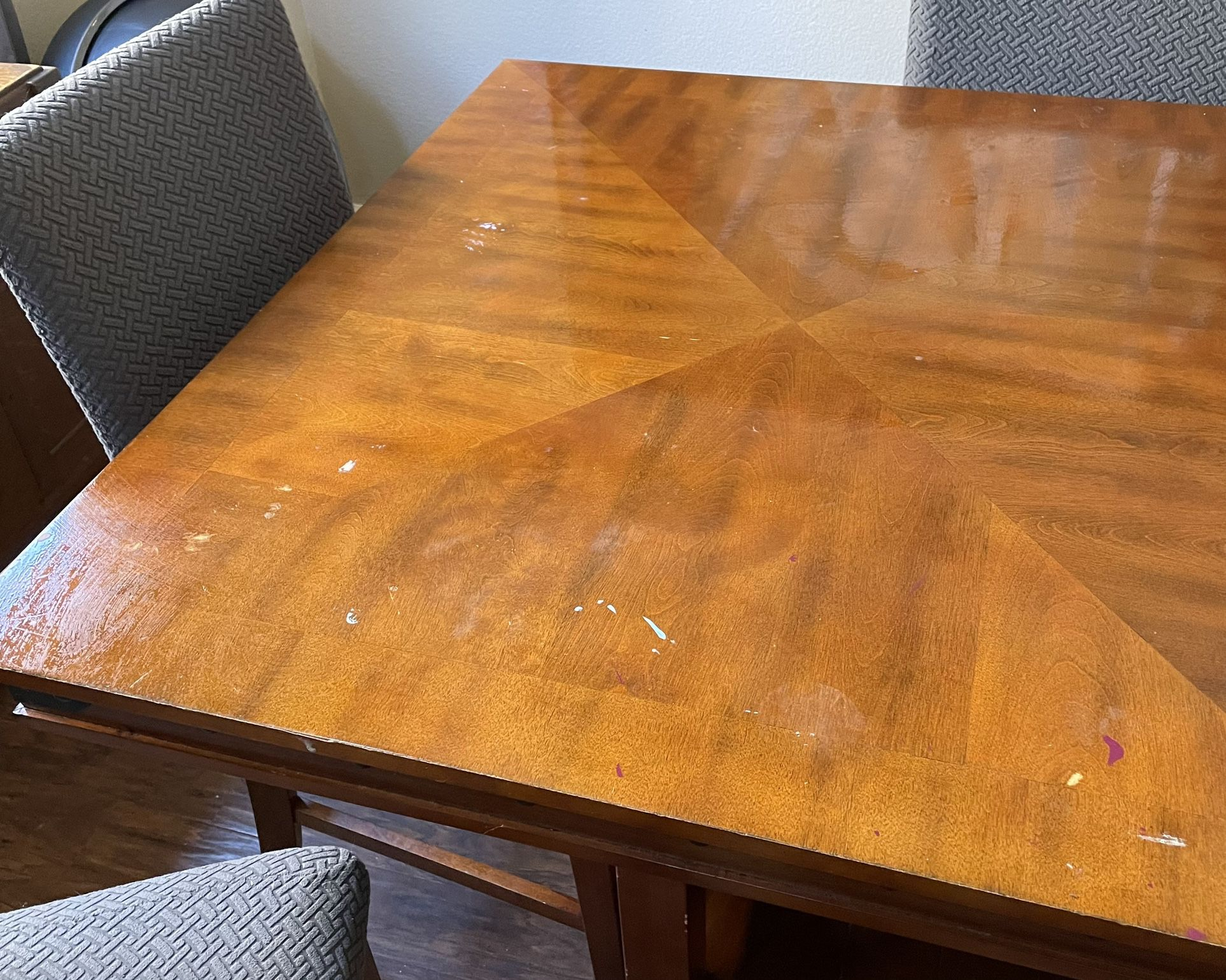 Kitchen Table W/6 Chairs