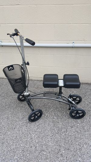 Roundabout Knee Scooter for Sale in Washington, MD