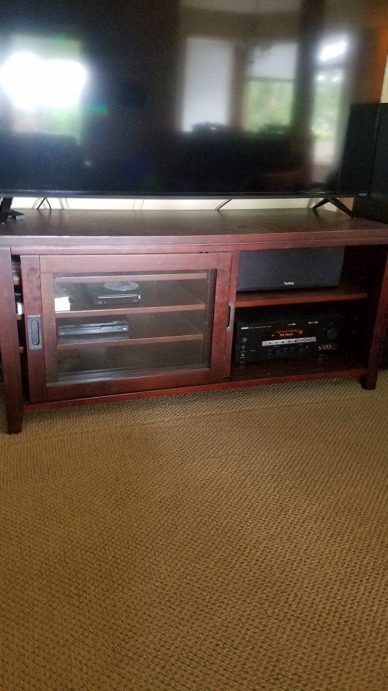 Entertainment Console 2 pier cabinets for each side