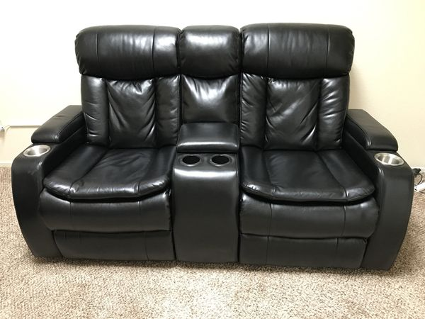 Swell 2 Black Awesome Couches For Sale In Aliso Viejo Ca Offerup Gamerscity Chair Design For Home Gamerscityorg