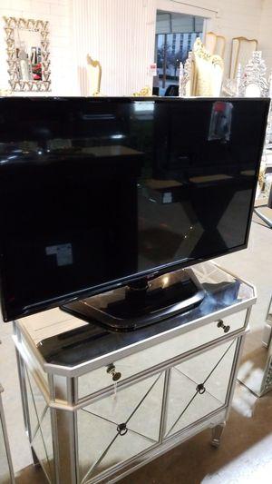 LG 42 INCH TV for Sale in Dallas, TX