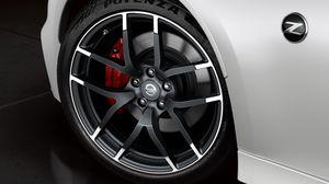 "19"" 2017 Nissan 370Z Nismo OEM rims & tires for Sale in Hyattsville, MD"