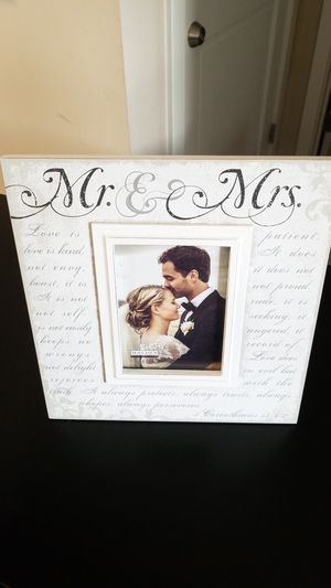Mr & Mrs white picture frame for Sale in Gaithersburg, MD