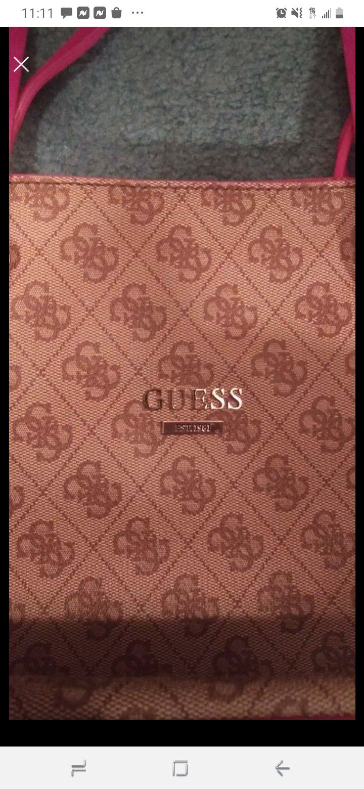 Guess Purse!