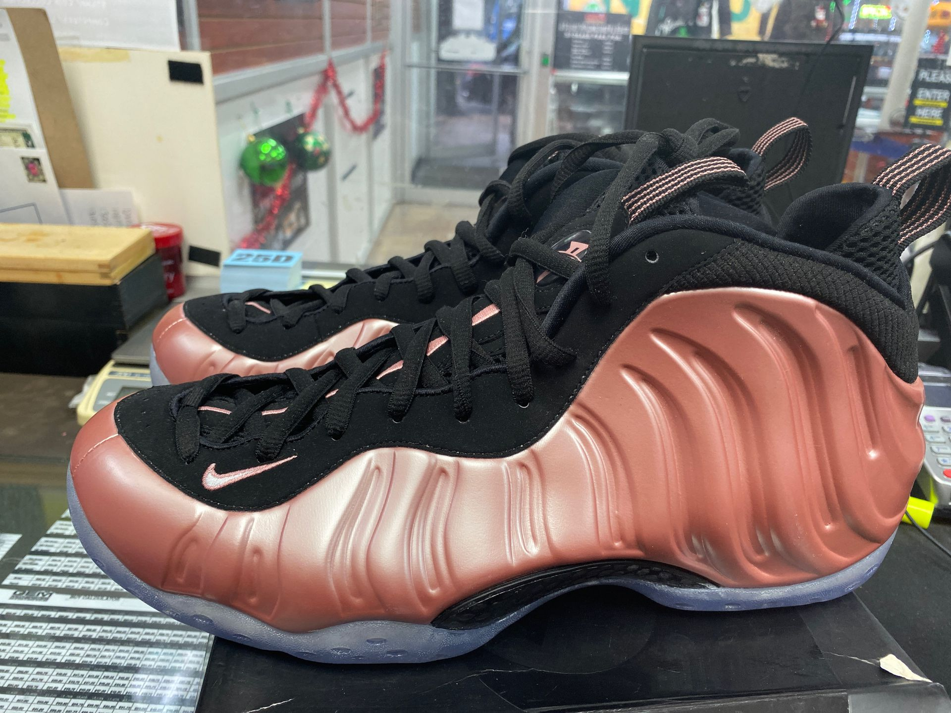 """AIR FOAMPOSITE ONE """"Rose Gold"""" (Size: 13)"""