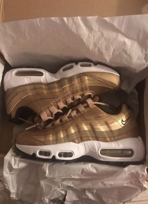 Air max 95 size 7 new for Sale in Washington, MD