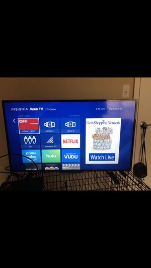 40 inch insignia Roku tv for Sale in Richmond, VA