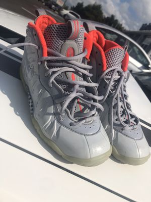 Yezzy foams and cement 8s for Sale in Fort Washington, MD