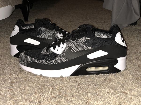 best authentic 4fd24 b7af3 Air Max 90 Ultra Flyknit Oreo Size 8.5 NEW for Sale in San Diego, CA -  OfferUp
