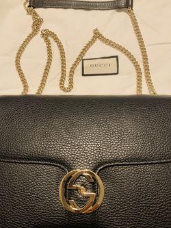 GUCCI Black Leather GG Interlocking Crossbody bag Thumbnail