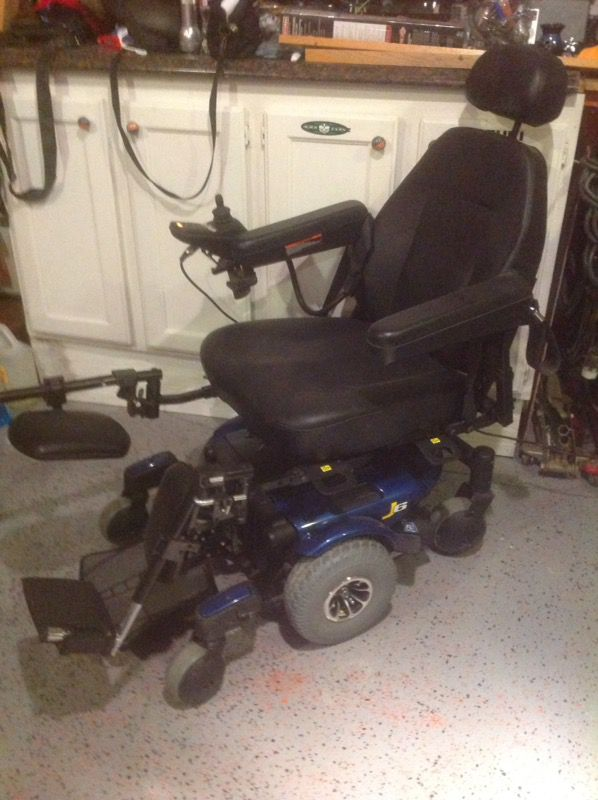 WHEELCHAIR/SCOOTER JAZZY J6 NEW for Sale in Moreno Valley, CA - OfferUp
