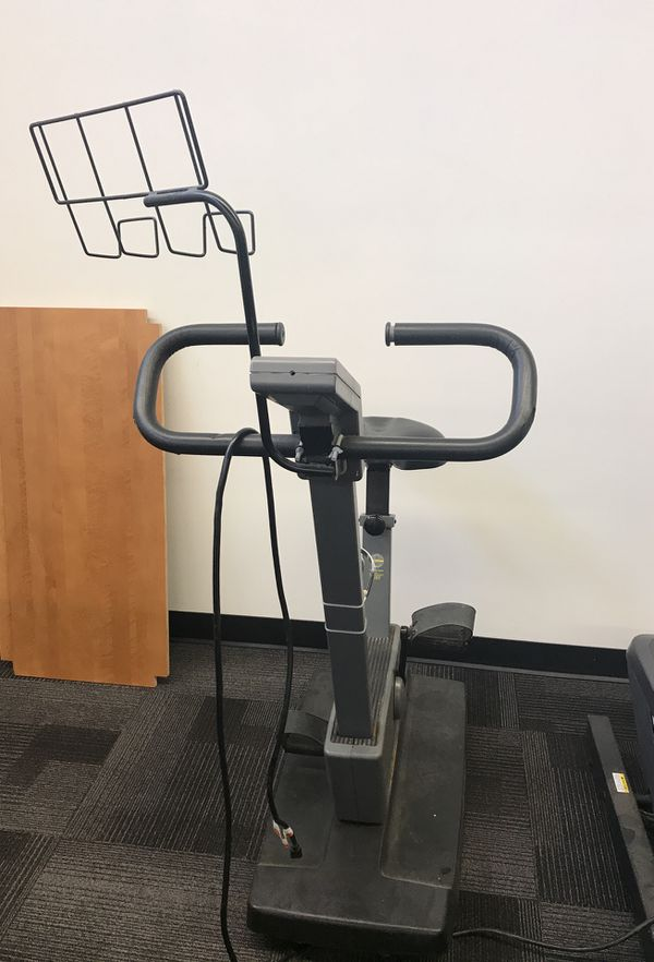 c529f9514f9 Schwinn Medallion exercise bike for Sale in Clackamas, OR - OfferUp schwinn  exercise bike used