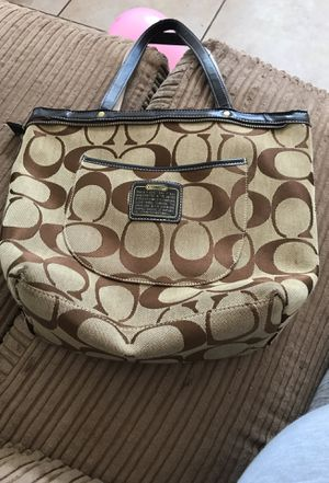 Authentic coach purse for Sale in Kissimmee, FL