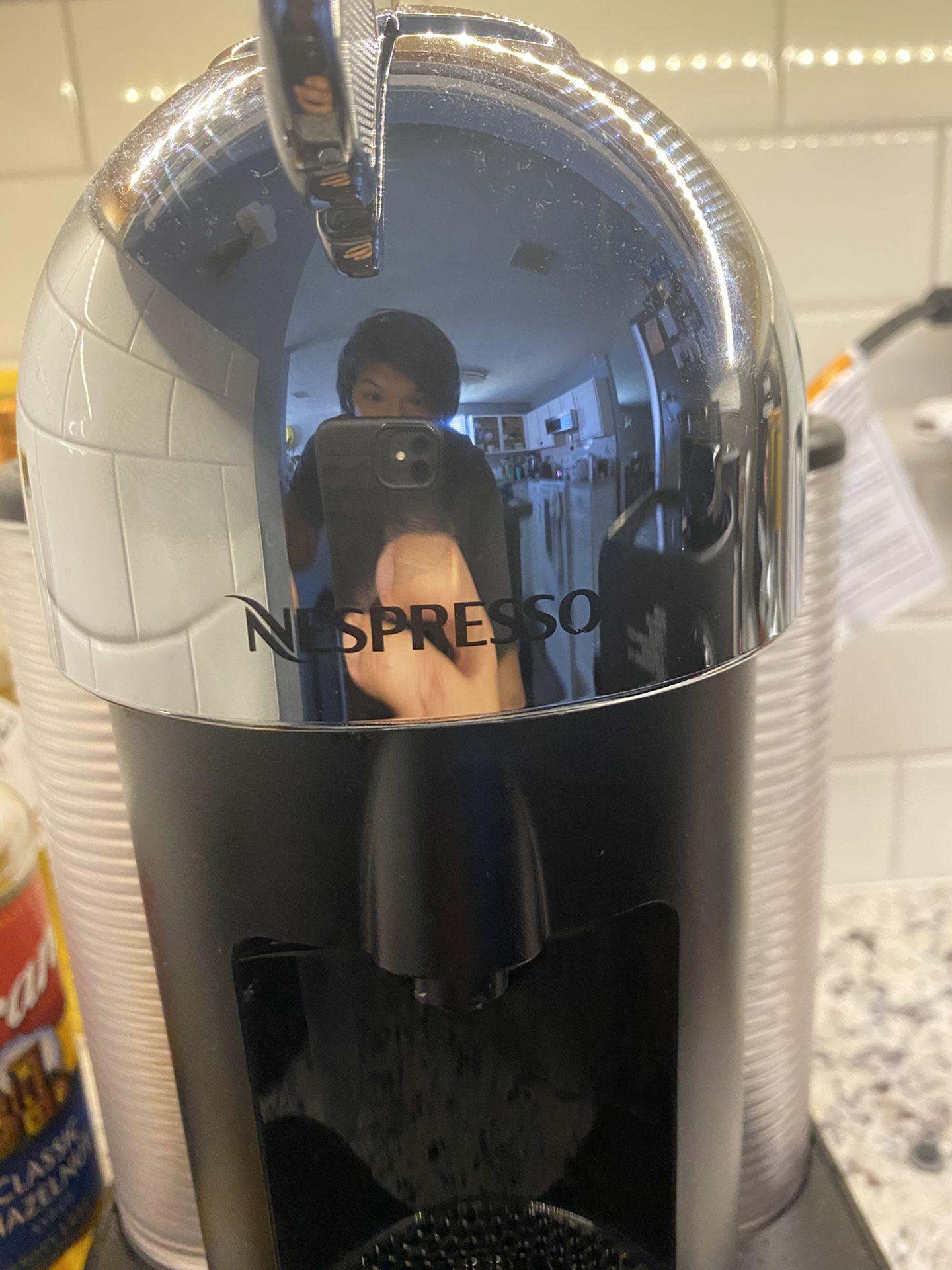 Breville nespresso machine coffee cafe espresso