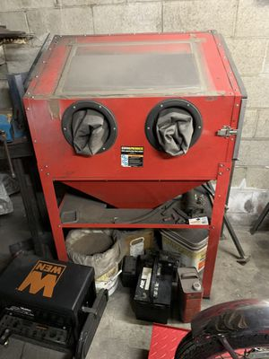 Photo Harbor freight blast cabinet with media!
