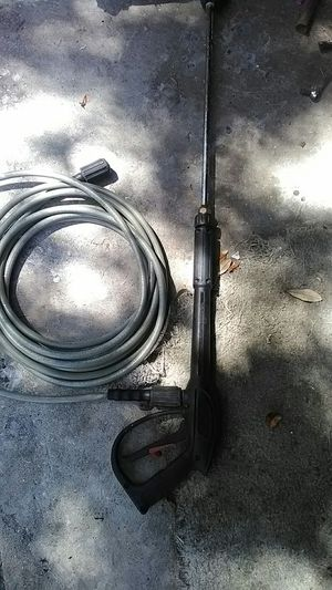 Pressure washer sprayer and hose like new for Sale in Orlando, FL