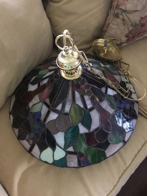 TIFFANY-STYLE STAINED GLASS KITCHEN LAMP for Sale in Ashburn, VA