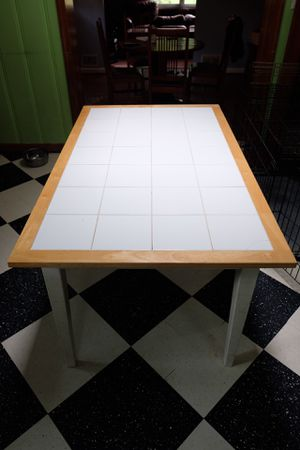 Dining table for Sale in Takoma Park, MD