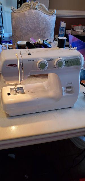 Photo Janome New Home Sewing Machine