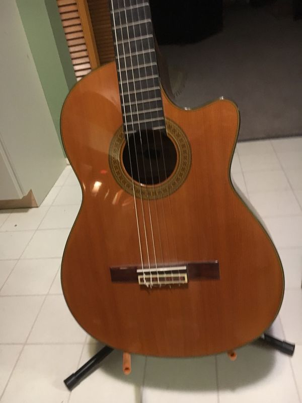 yamaha cgx 171cc acoustic guitar with built in mic includes stand amp and case for sale in. Black Bedroom Furniture Sets. Home Design Ideas