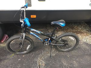 "Schwinn amplify 18"" kids bike for Sale in Powhatan, VA"