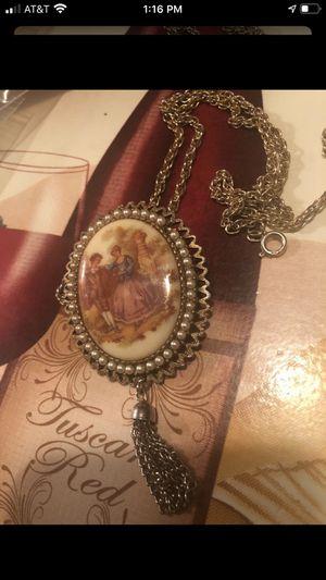 Photo Vintage picture gold pendant/ necklace