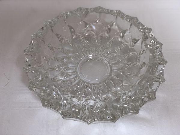 21de8fe1395 Vintage Heavy Crystal Glass Cigar Ashtray ~ 7.25 Inch ~ Diamond Cut Star  Pattern