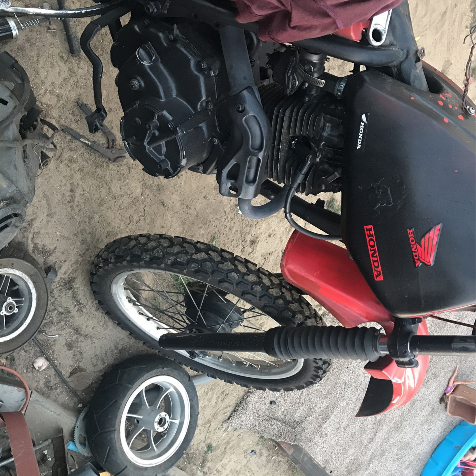 Photo Kawasaki Xk 250 Honda 200 Rx