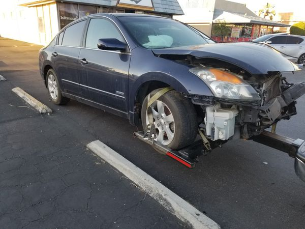2017 Nissan Altima Hybrid Parting Out