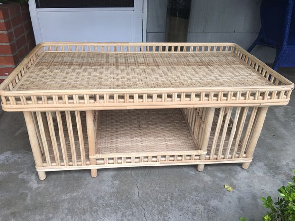 Beautiful Bamboo Mini Bar Coffee Table In Perfect Condition This Is Amazing You Re Gonna Love It Furniture San Mateo Ca Offerup