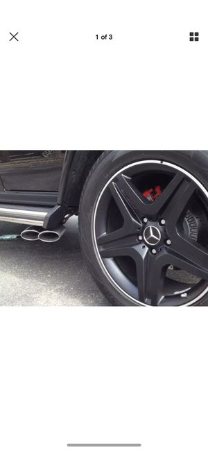 G63 exhaust tips pair for Sale in Santa Monica, CA