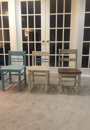 3 median chairs for Sale in Gainesville, VA