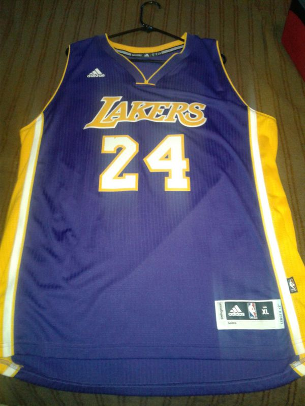 9a5b8eab0065 New and Used Lakers jersey for Sale in Perris