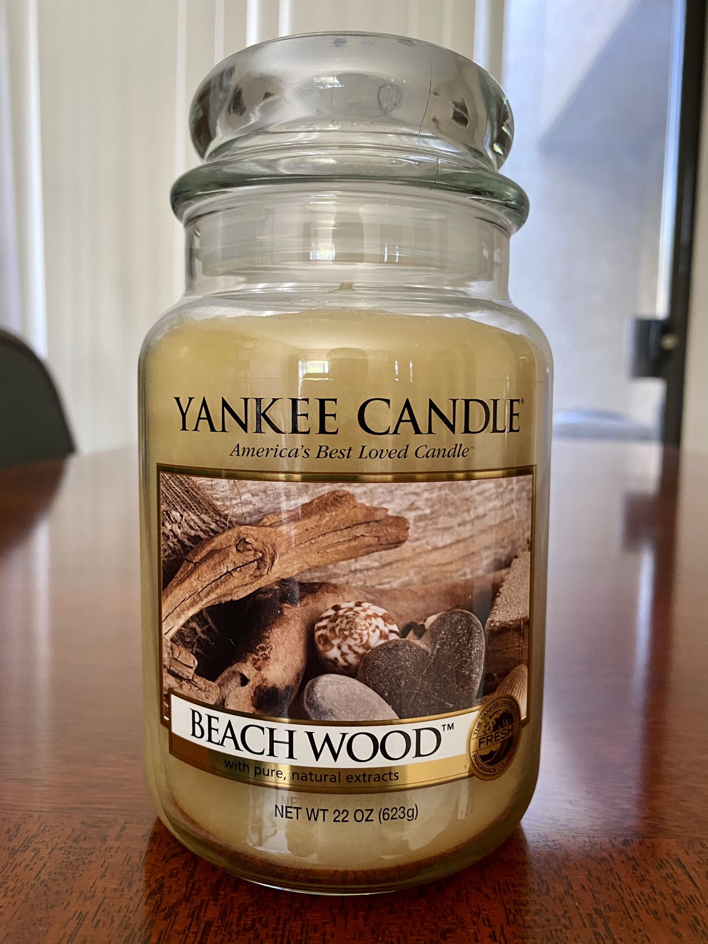 Yankee Candle 22oz BEACH WOOD very Rare!