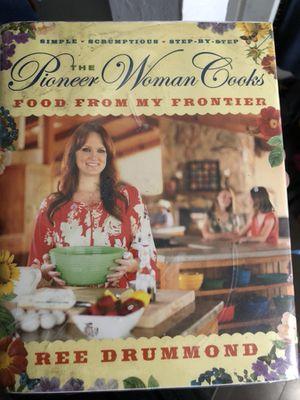 Pioneer woman cooking book for Sale in Las Vegas, NV