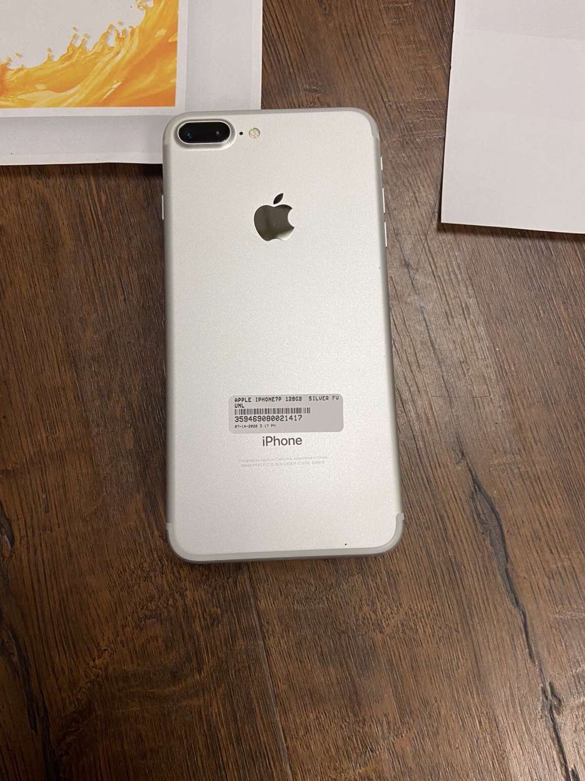 Iphone 7plus(32gb)unlocked,excellent Condition With Warranty